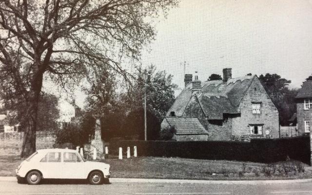 NetherHeyford_VintagePostcards_WarMemorial
