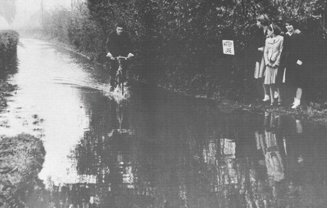 NetherHeyford_WateryLane_1939